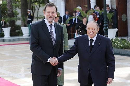 الرئيس الجزائري مستقبلا رئيس الحكومة الإسبانية ماريانو راخوي